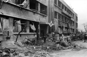 伝えるヒロシマ 爆心地500メートル <8> Ⅱ被爆後は救護病院となった袋町国民学校西校舎-300x196